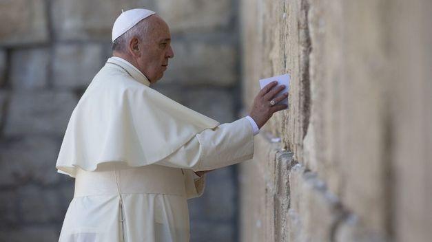 papa-francisco-muro