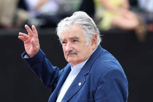 Mujica: EEUU debe ayudar económicamente a ex reos de Guantánamo