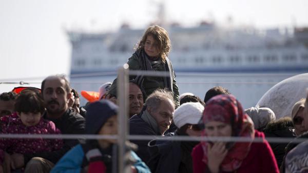 Rescate de migrantes en Grecia (AP)