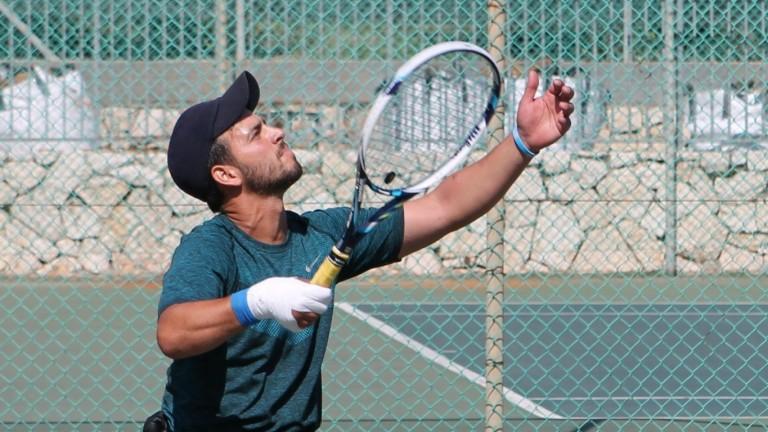 Itai Erenlib jugará dobles con el veterano Shraga Weinberg. Foto de Keren Isacson.