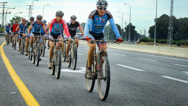 Ciclistas en el norte de Israel. Foto de Chen Leopold/FLASH90
