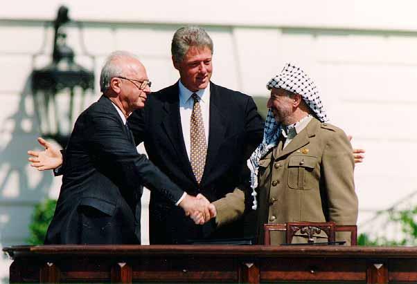 Resultado de imagen de clinton arafat y Rabin en camp david imagenes
