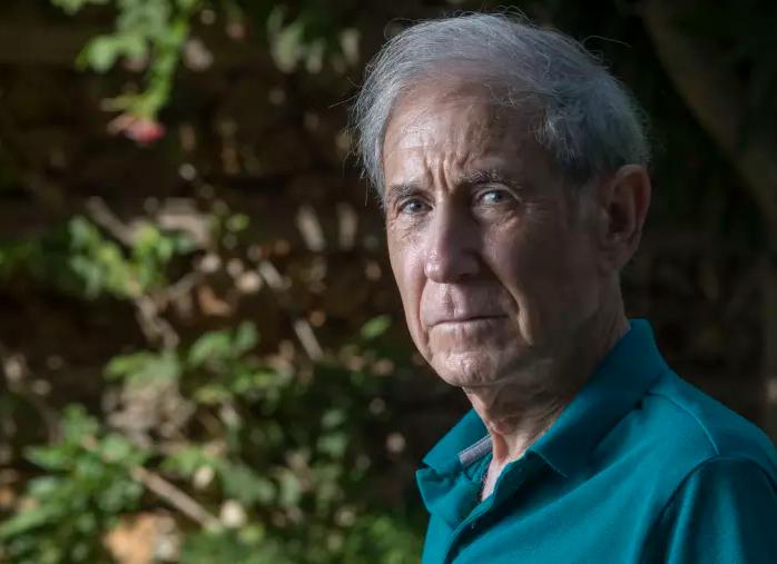 """El Profesor Shlomo Ben-Ami se rinde… """"También con un gobierno israelí de izquierda no habrá paz"""" – Entrevista de Eyal Levy (Maariv 22/9/2017)"""