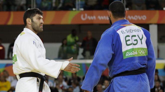 Cuando se trata de Israel, los países árabes son malos deportistas – Por Raphael Ahren (Time of Israel)