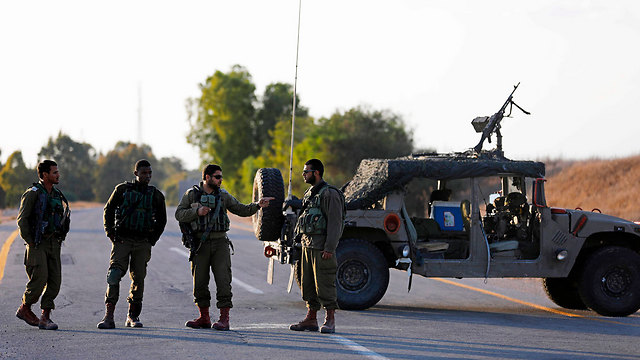 IDF soldiers near Gaza (Photo: AFP)