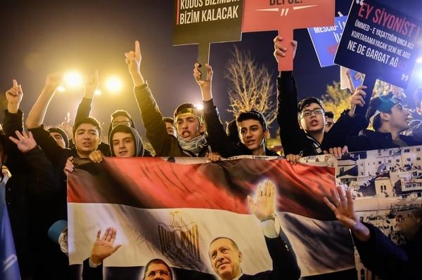 Protestas en Turquía, donde el presidente Erdogan se considera a sí mismo un aliado de Palestina (AFP)