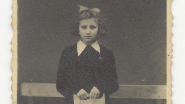 La madre de Ronen Bergman como un niño