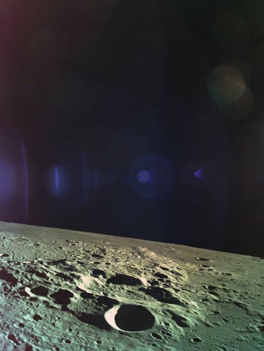 Última foto de Beresheet de TeamSpaceIL antes de que se estrellara en la Luna.  Lejos tan cerca.